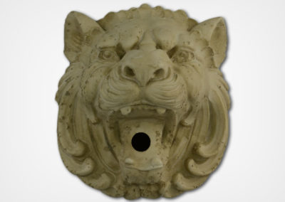 Lion-Travertine